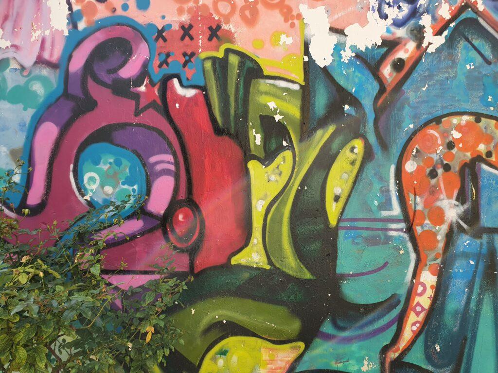 תל אביב, אומנות רחוב, אומנות אורבנית, אמנות רחוב, אמנות אורבנית, גרפיטי, גרפיטי בישראל, גרפיטי בפלורנטין, גרפיטי בתל אביב, גרפיטי פוליטי, דרור הדדי, קירות מדברים, סיור גרפיטי, סיור גרפיטי ישראל, סיור גרפיטי תל אביב, סיור גרפיטי חיפה, סיור גרפיטי ירושלים, גרפיטי ביפו dror hadadi, graffiti, graffiti dror hadadi, street art, urban art, Graffiti Tour of Israel, Graffiti Tour of Haifa, Graffiti Tour of Jerusalem, Graffiti tour of Tel Aviv, Graffiti in Graffiti Jaffa, Flea market in Jaffa
